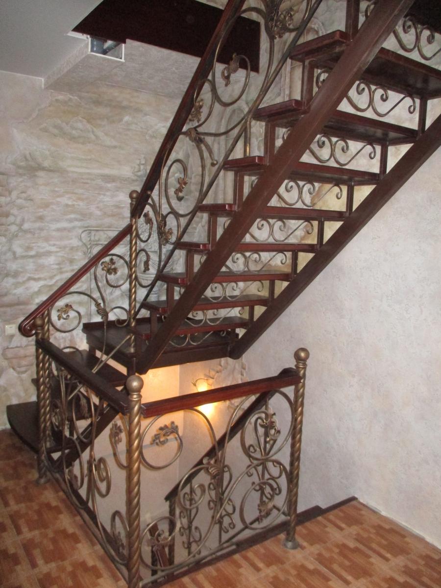 Лестницы металлические кованые дома фото